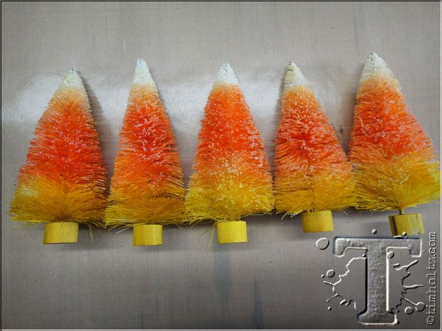 Tim Holtz: Easy Candy Corn Trees!