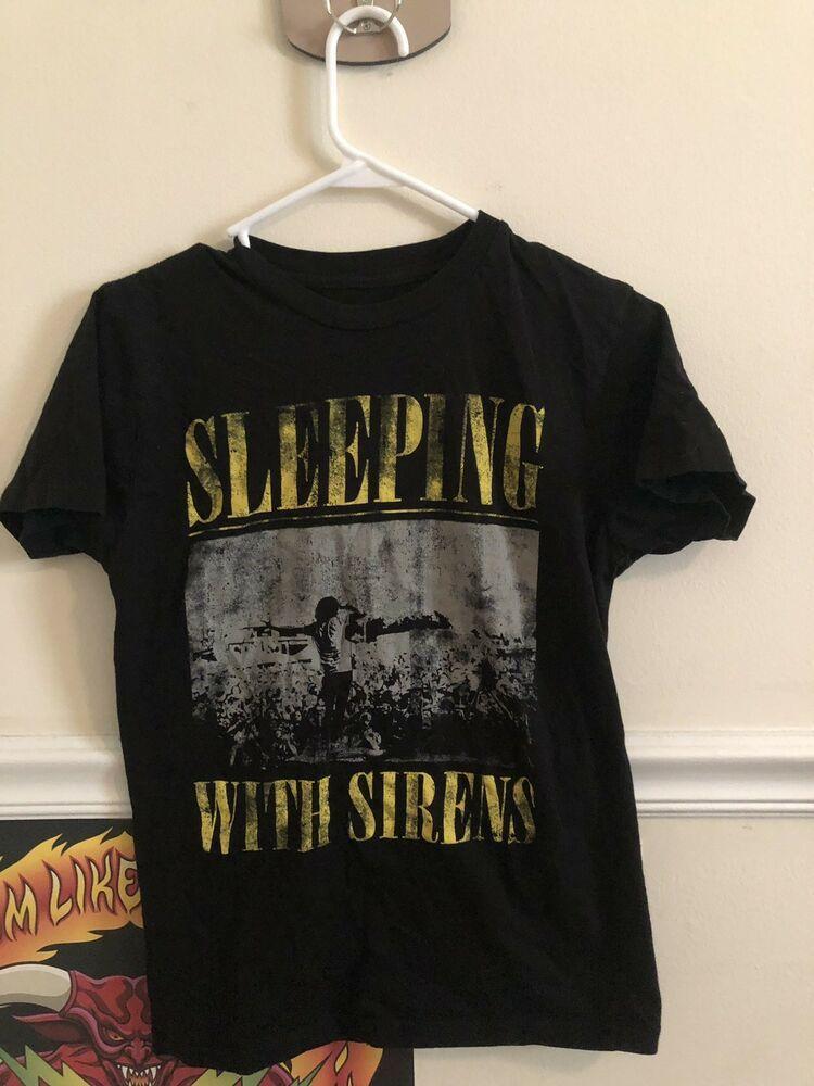 62ca0d76b Tee Shirt Rock Band Sleeping with Sirens