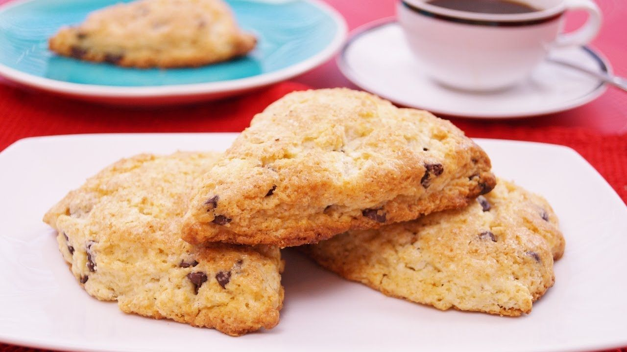 Chocolate Chip Scones Recipe: Easy! Mom's Best Scones! How To Make: Di K...