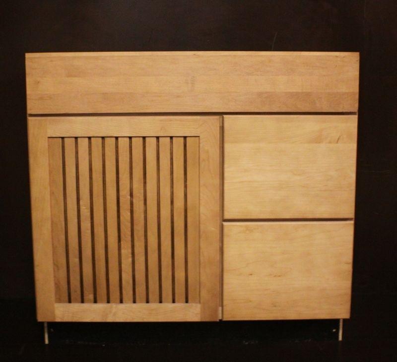 Kraftmaid Ginger Glaze Maple Bathroom Vanity Sink Base Cabinet 36