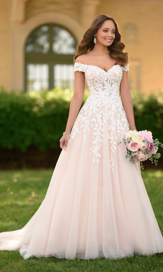 Romantic Chic Stella York Wedding Dresses for Spring