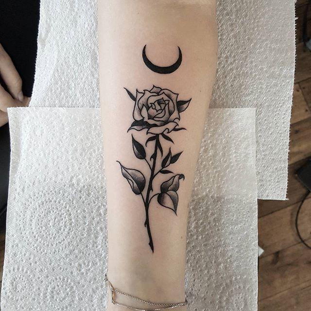 Pingl par lily kate sur tatts - Tatouage femme sensuelle ...