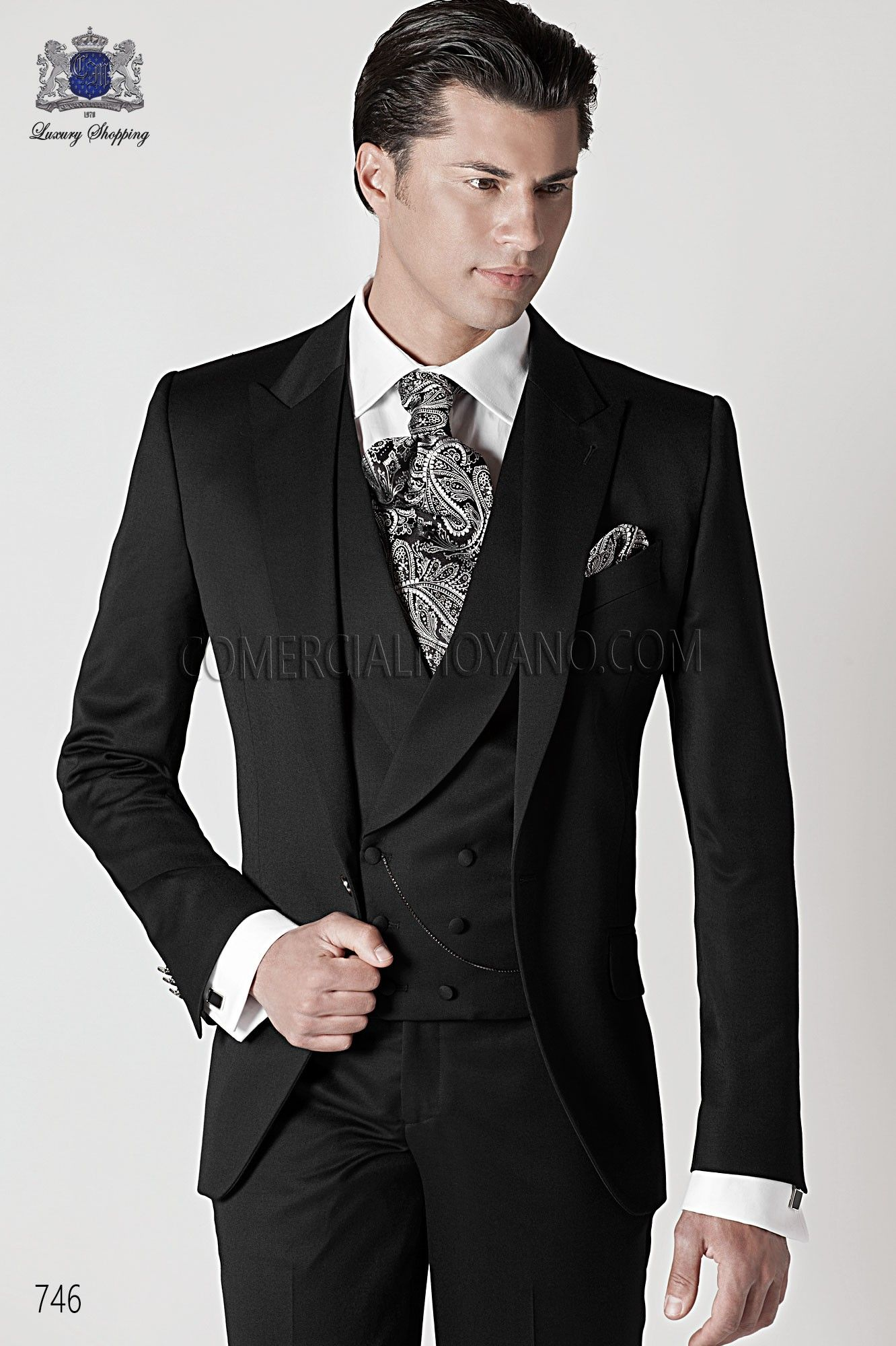 italian-black-wedding-suit.jpg (1332×2000) | nombulelo | Pinterest ...