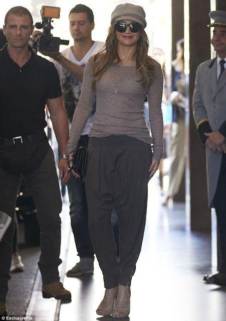 9b15ca115fe J Lo in zara harem pants ... love it all! Jennifer Lopez