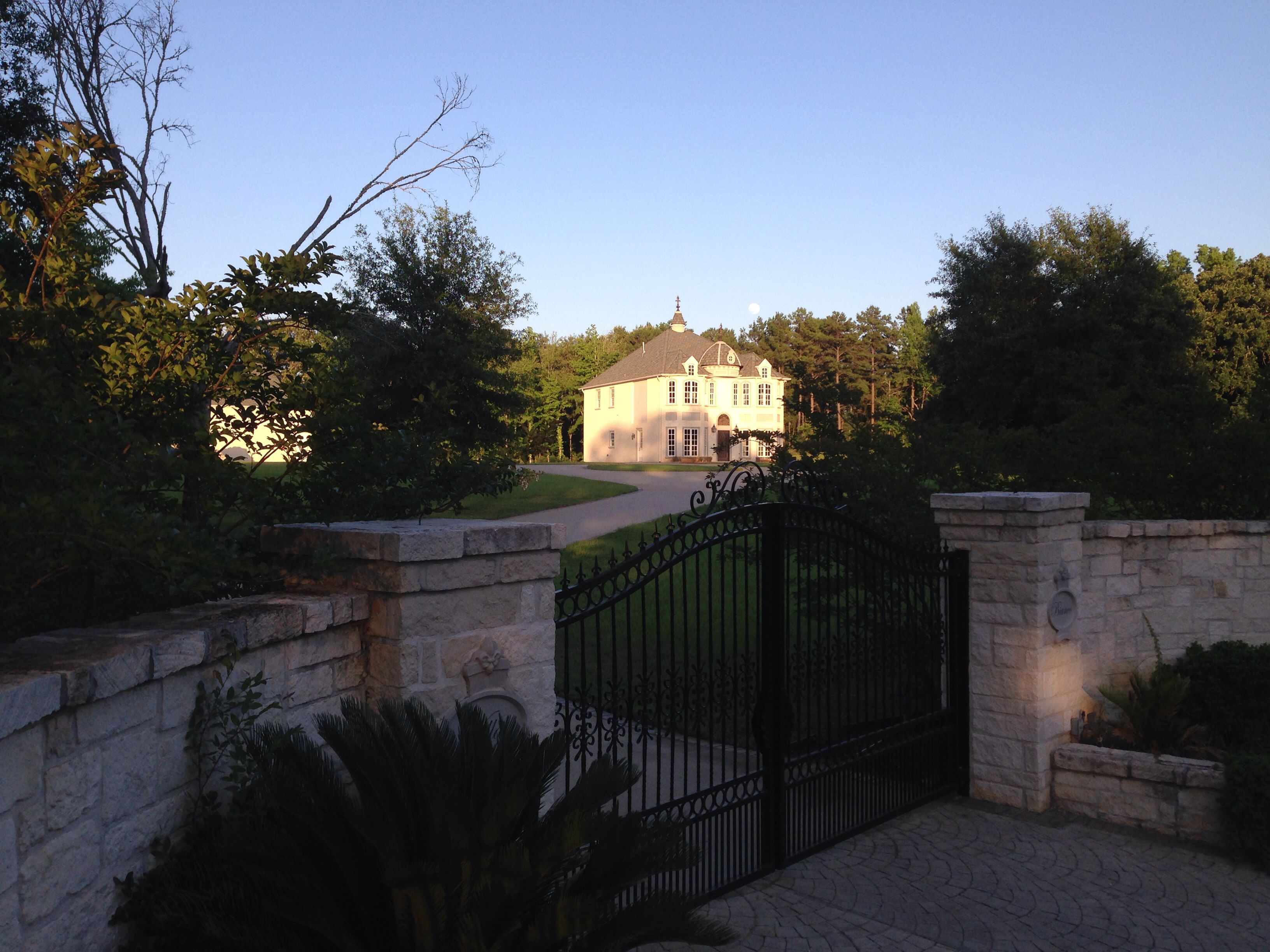 Private entry for Villa Bianco newest intimate events