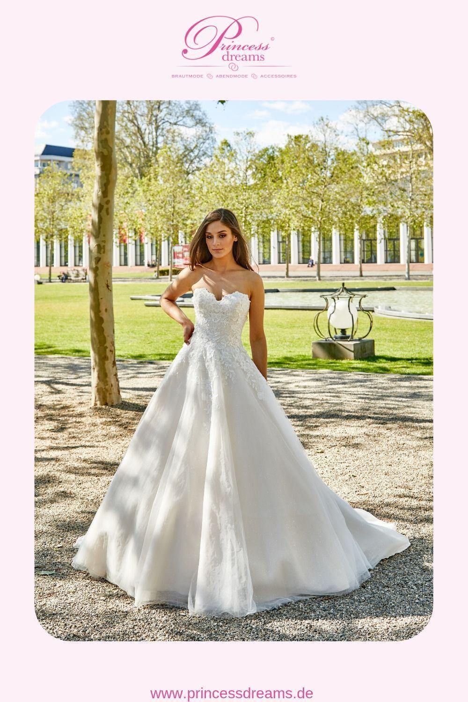 Ein Brautkleid A-Linie mit Spitze und Herzausschnitt  Ein