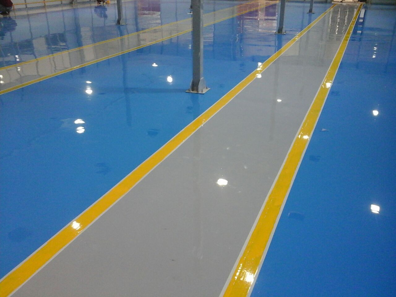 Fuhrender Auftragnehmer Fur Industrielle Epoxidboden Epoxidbeschichtungen Pu In 2020 With Images Epoxy Floor Floor Coating Epoxy Floor Coating