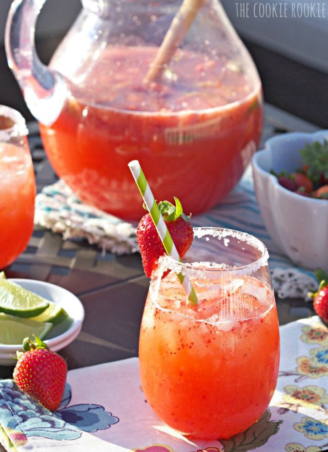 19 Summer Cocktails To Make For Your Next Backyard Party