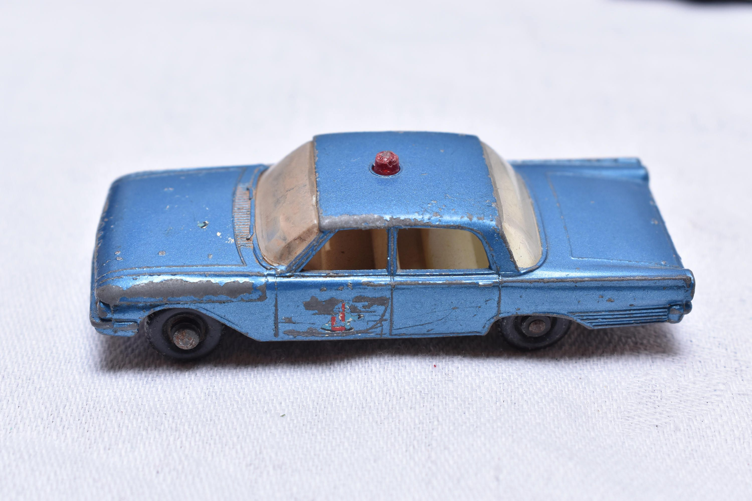 Broken Matchbox Lesney No 55 Ford Fairlane Police Car England Original Vintage Die Cast Toy Car Collection By Rememberwhentoys O Toy Car Matchbox Matchbox Cars