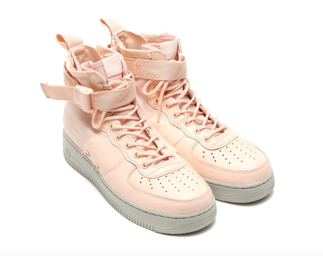 new product 23c3e 6fe4c The Nike Special Field Air Force 1 Mid Orange Quartz Drops Tomorrow