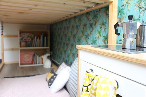 chambre enfant déco inspiration papier peint tropical vintage