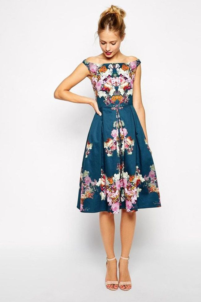 50 stylish wedding guest dresses that are sure to impress for Dresses for a fall wedding