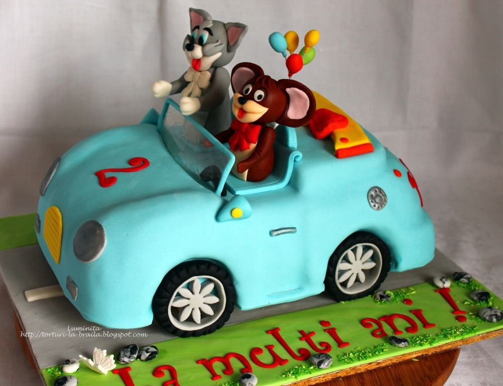 Tom Jerry in a car cake tom Jerry Pinterest Car cakes