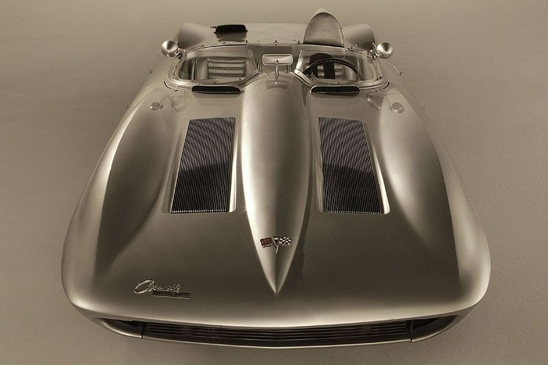 Having inspired the legendary C2 'Sting Ray' Corvette of 1963, the 1959 Corvette Stingray concept car was one of the forefathers of an American icon. http://www.classicdriver.com/en/article/classic-concepts-1959-chevrolet-corvette-stingray