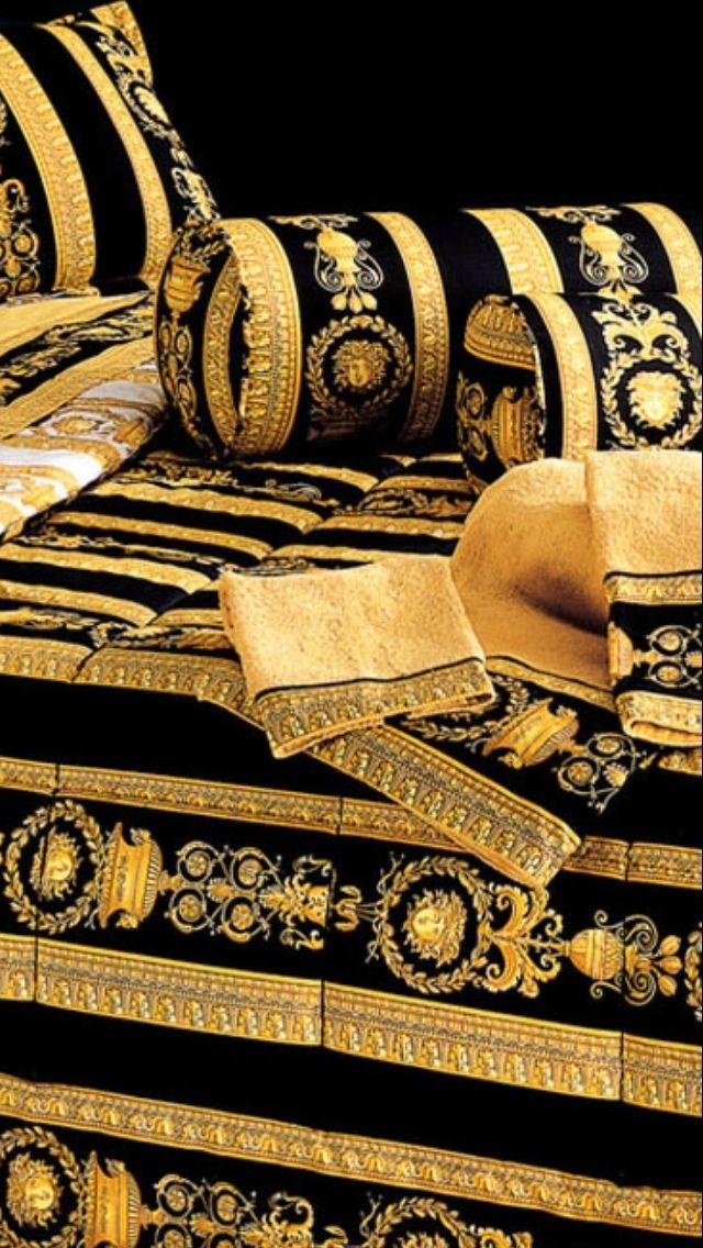 Lenzuola Matrimoniali Versace.Luxury In Black Gold Versace Bed Linen Versace Lenzuola Oro