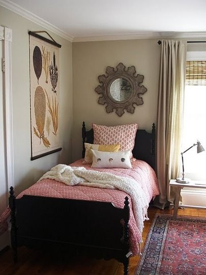 Small Bedroom Layout Table In Front Of Window W Long Rug Would Allow Functional Desk For Sewing Machine Other Corner