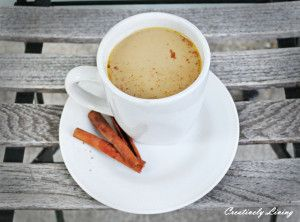 Check out our delicious recipe for a healthy pumpkin spice latte!