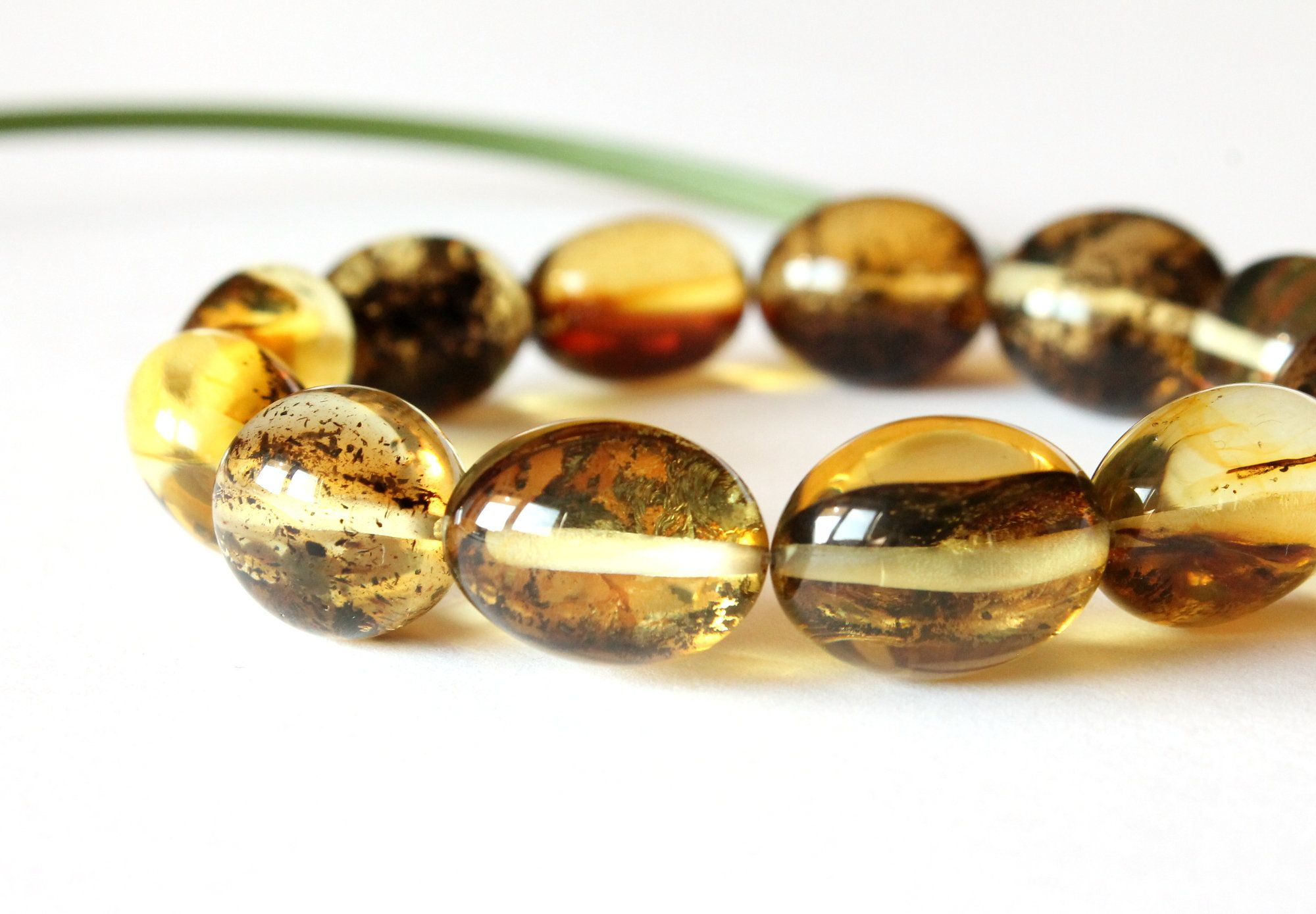 Transpa Oval Amber Bracelet Olive