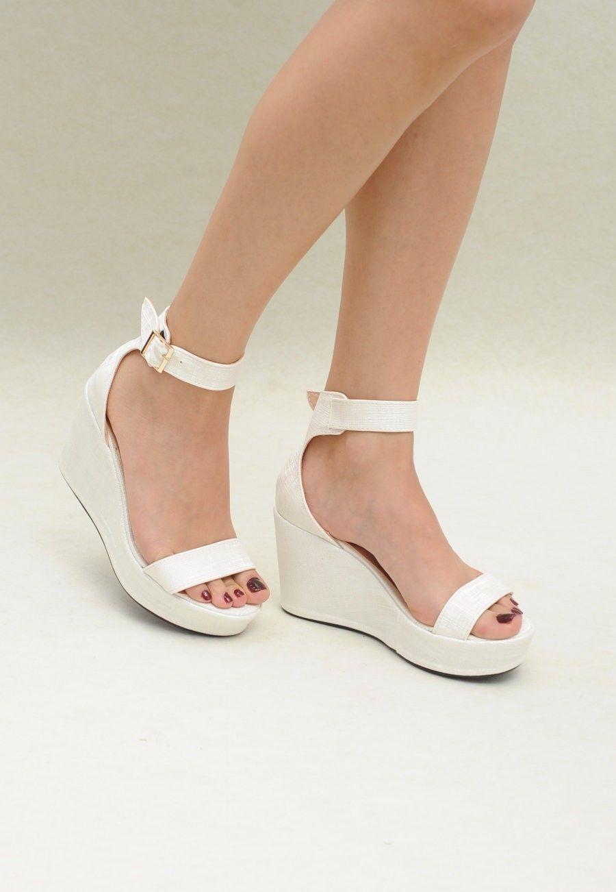 V O Nerina Ekru Bilekten Baglamali Dolgu Topuk V O Kadin Ayakkabi Shoes Espadrilles Fashion