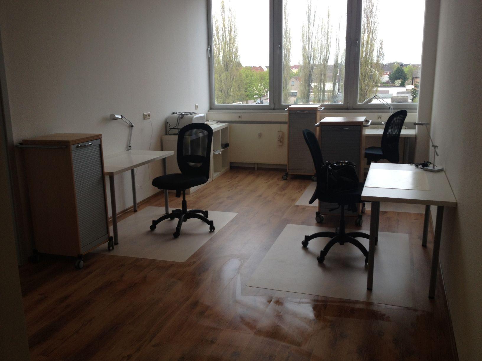 Flexibel Büroräume und/ oder Büroplätze mieten