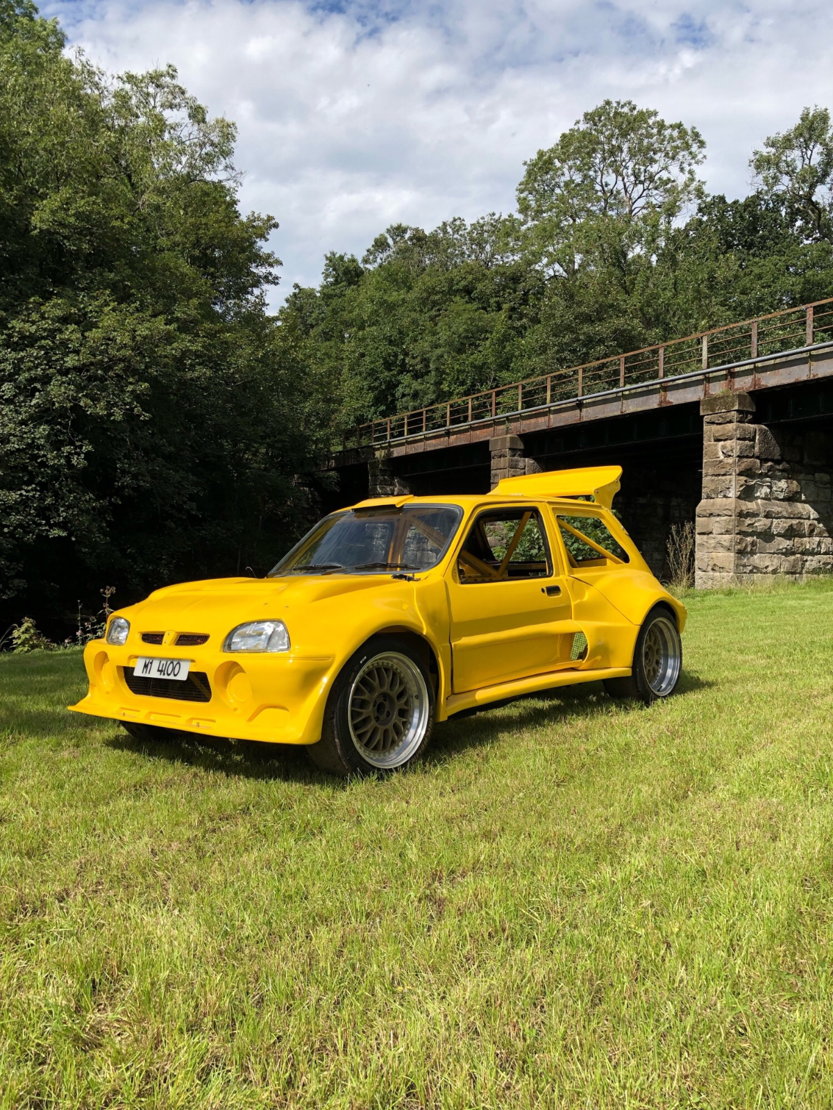 Check out this absolutely mad looking Rover metro shell
