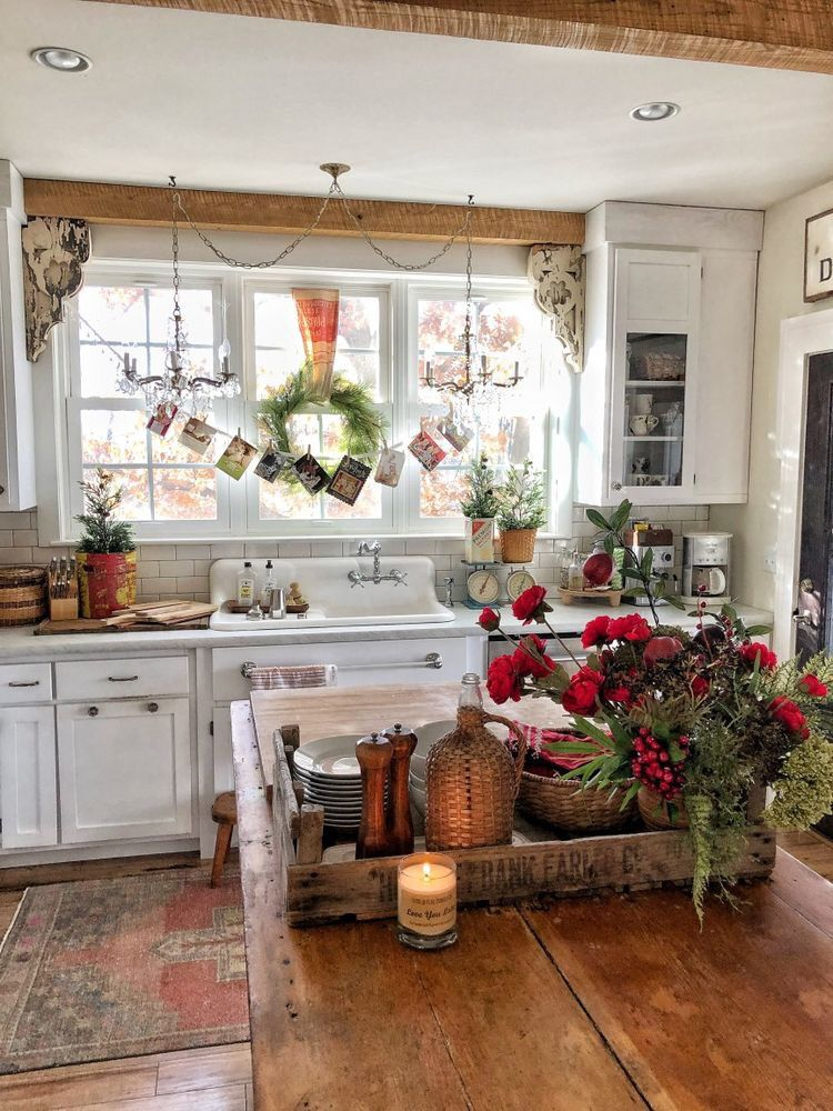 kitchen decor doesn t have to be fancy or new in fact i adore the older kitchens that on farmhouse kitchen xmas id=32207