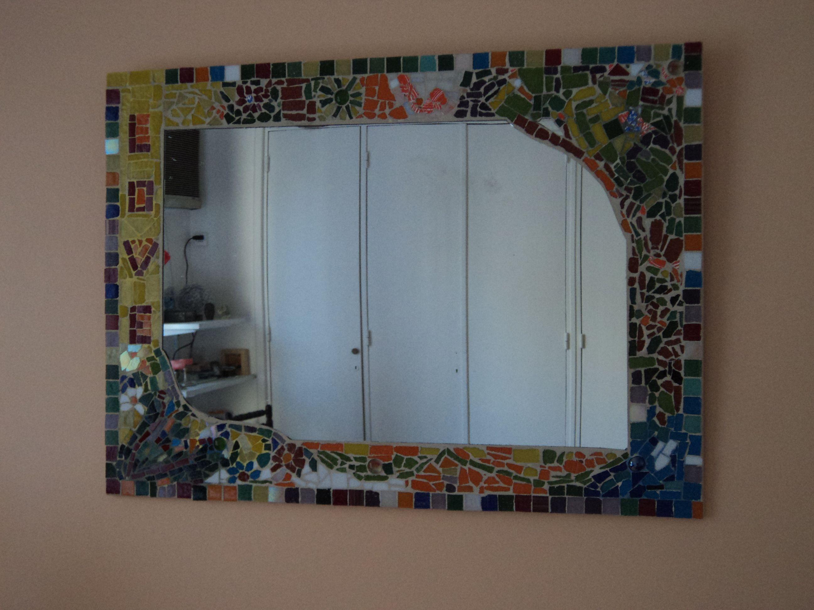 espejo con marco en mosaico.   #mis trabajos   Pinterest   Espejos ...