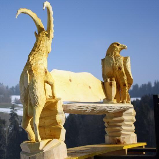 Holzskulpturen Motorsagenkunst Made By Toni Fluckiger Www Flugo Ch 1 Schweizer Meister Im Kettensagenschnitzen Holzskulpturen Holz Schnitzen Schnitzen