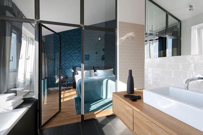 Une verri re toute hauteur effet bo te en verre chambre pinterest verriere interieur et - Verriere chambre parentale ...