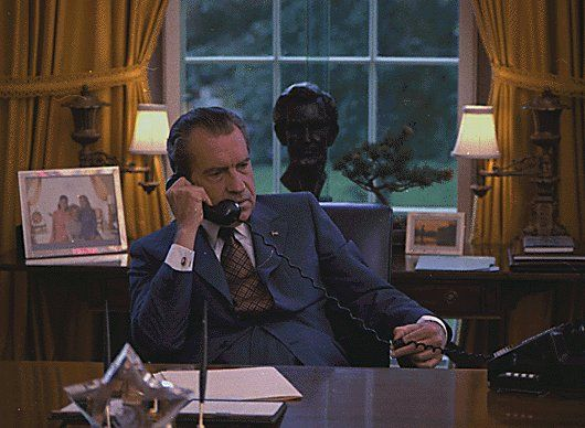 Richard Nixon Oval Office | president richard nixon at his ...