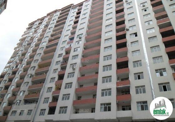 Satilir 3 Otaqli 130 M2 Yeni Tikili 3 Mkr 20 Yanvar Dairesinden 3 Mkr Dairesine Duwen Yolda Soldaki Kompleks Unvaninda Building Skyscraper Structures