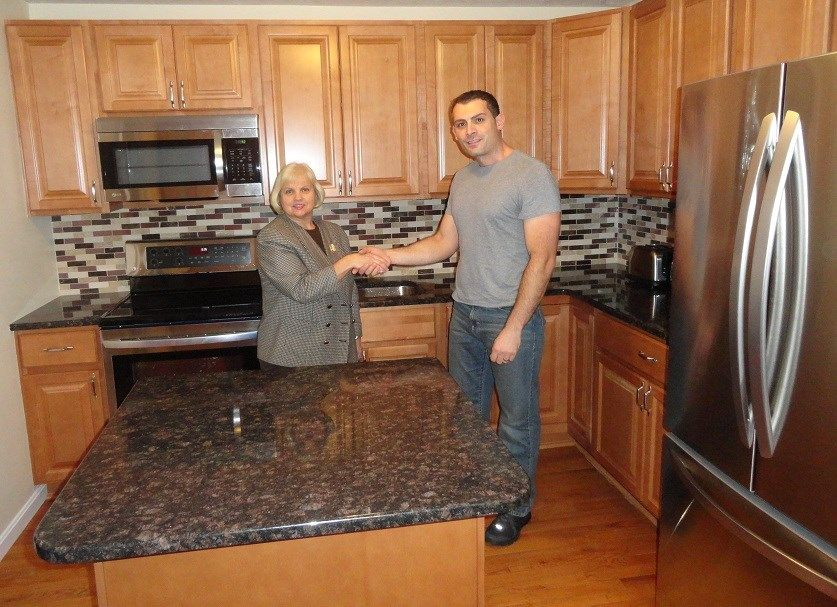 granite countertop colors for light maple cabinets ... on Gray Countertops With Maple Cabinets  id=23533