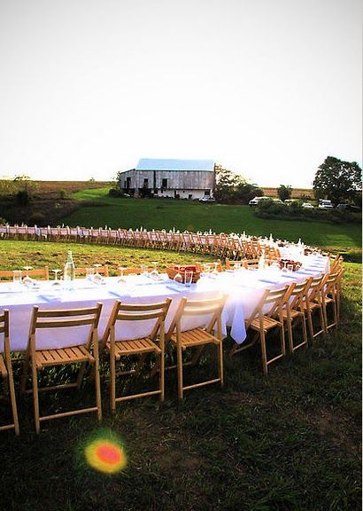 amazing outdoor dinner