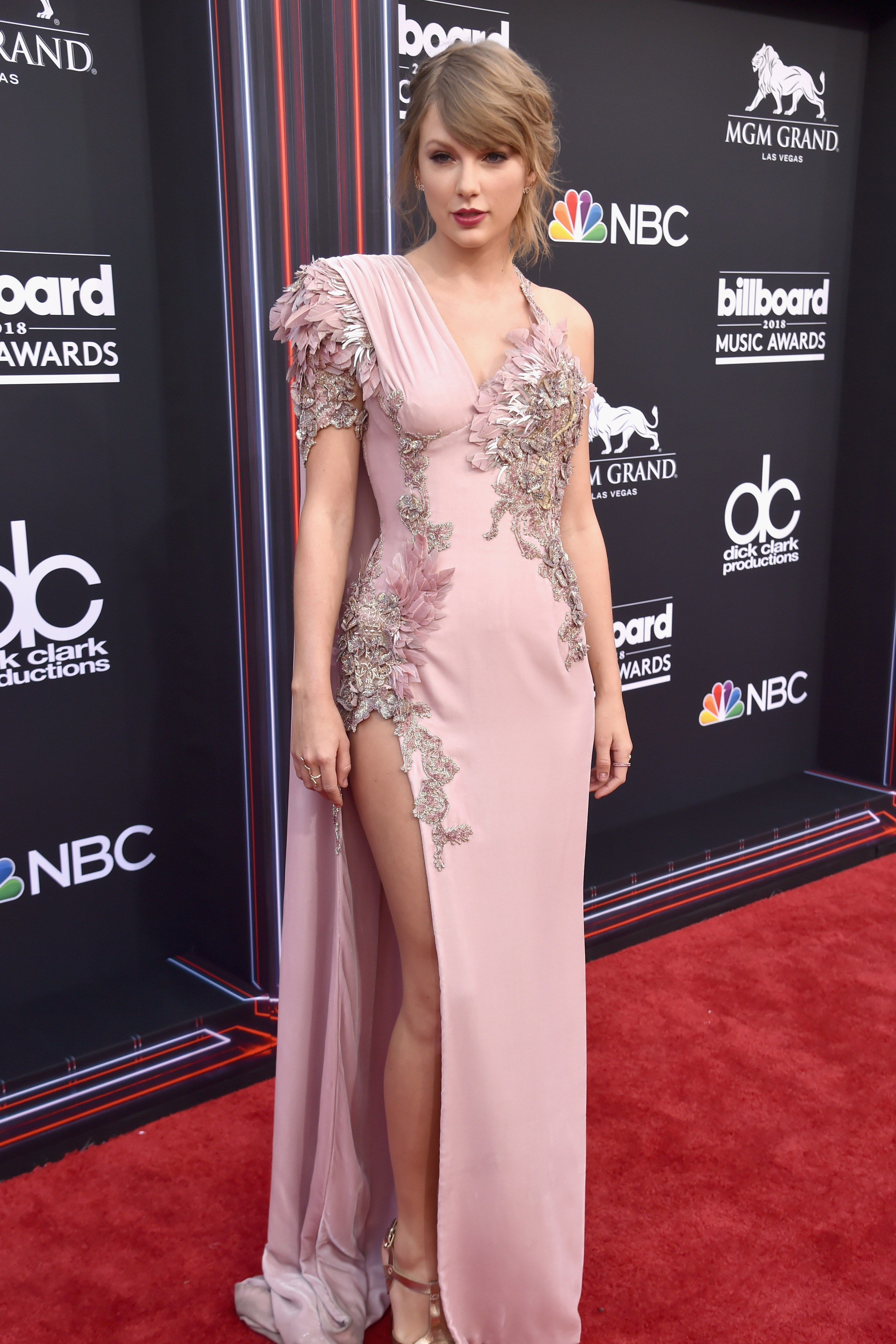 Taylor Swift\'s Look at the Billboard Music Awards Was 100% the Old ...