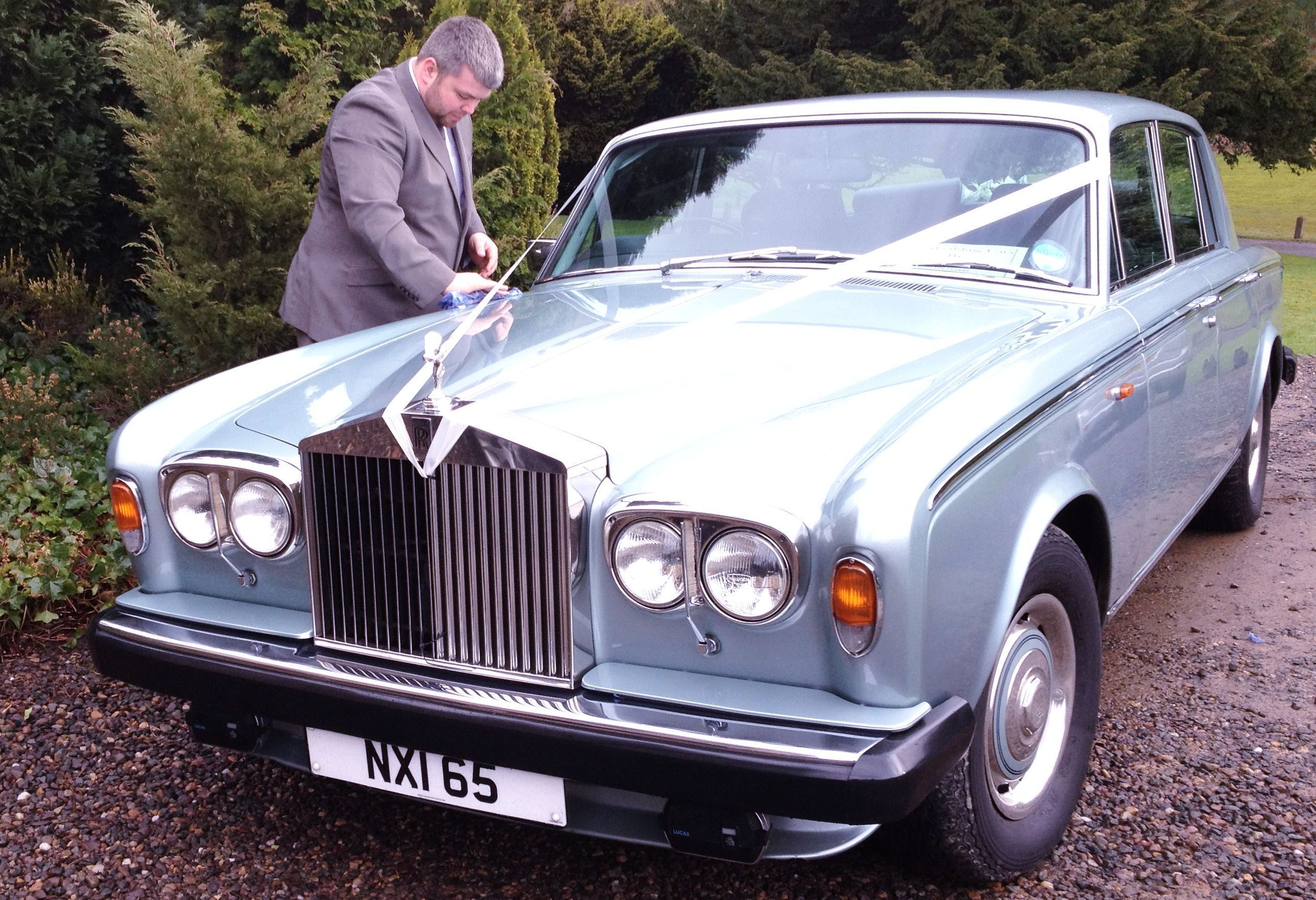 My Brother Barry Making Sure Our Rolls Royce Wedding Car Is Shinning Like A New My Brother Barry Making Sure Our In 2020 Rolls Royce Wedding Car Hire Wedding Car