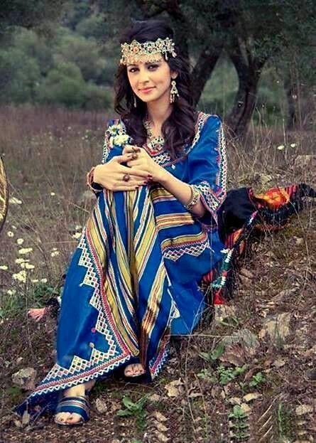 Algerian Fashion: Karakou dress | Moroccan fashion