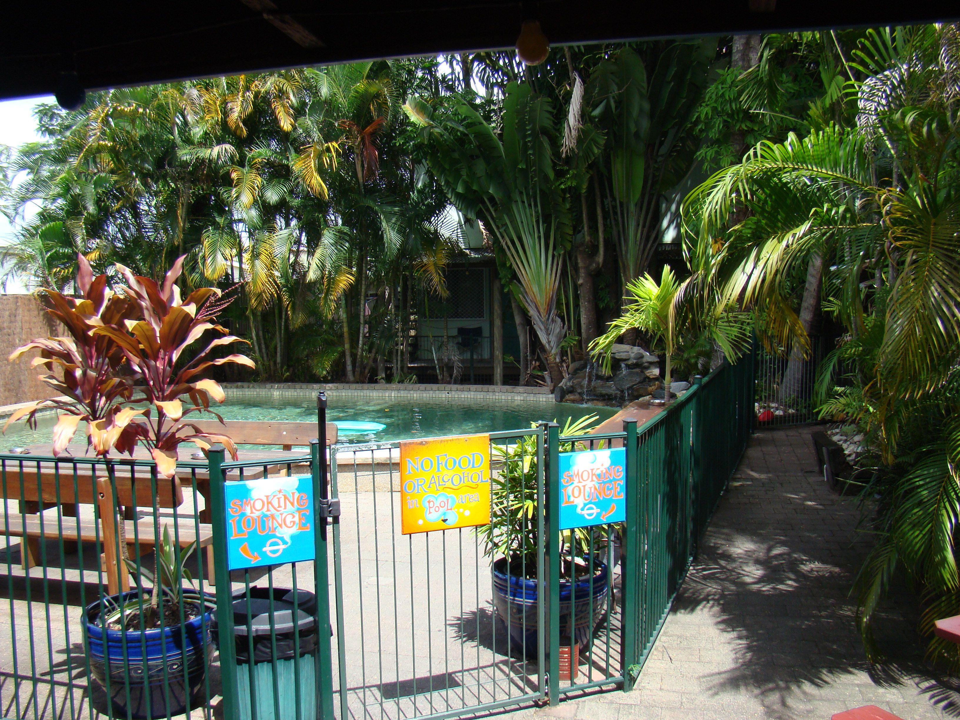 Cairns // Australien - Calypso Inn // Poolbereich