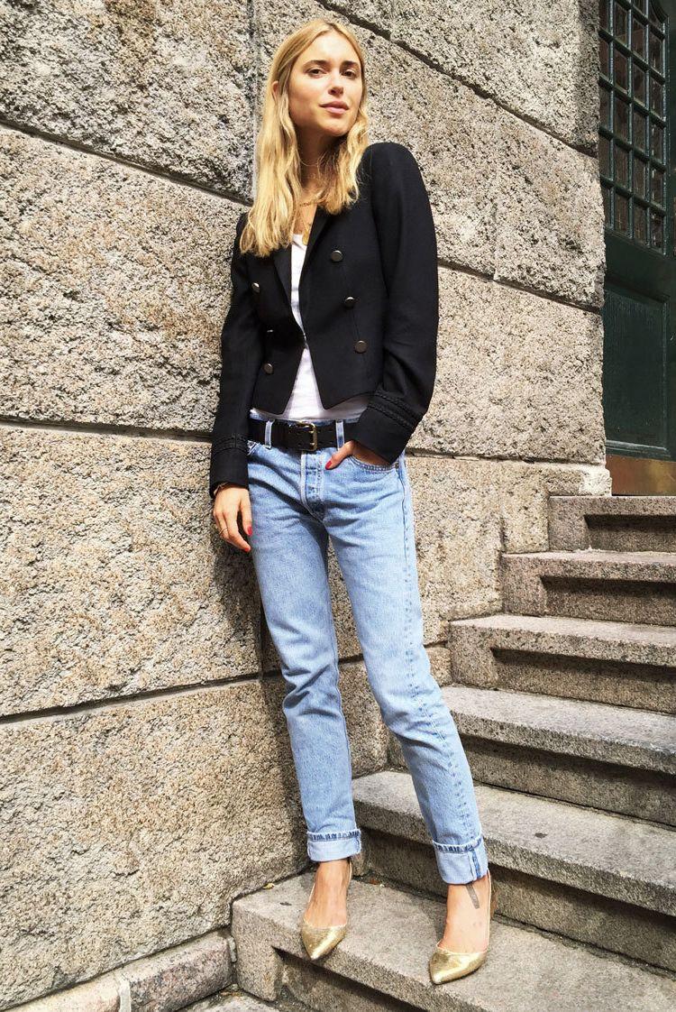 841ea12c879 spring   summer - fall   winter - street style - street chic style - casual  outfits - fall outfits - spring outfits - black blazer + white tee + black  belt ...