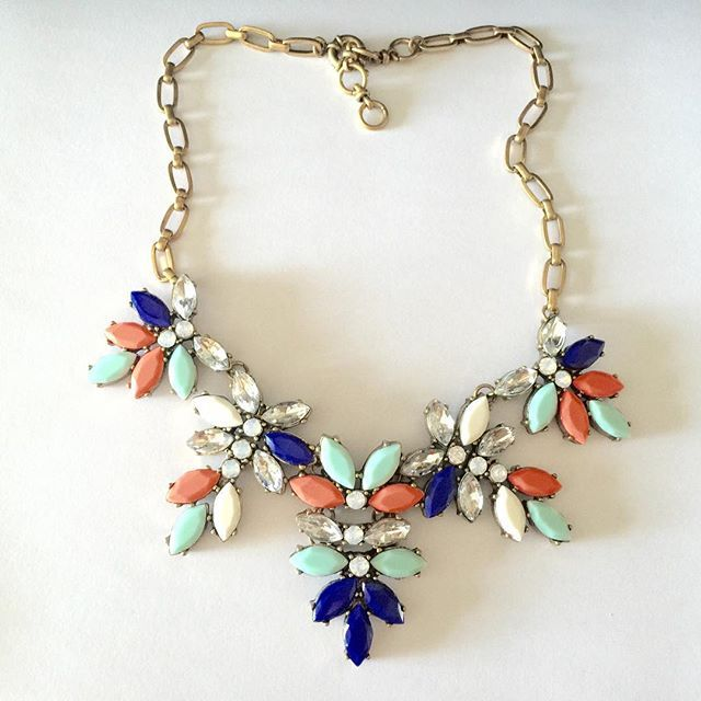 Colorful Floral Necklace #necklace #stylish #colorful #fashion