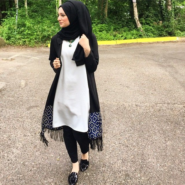 Ben O'na resmen aşığım  Tunik + Kimono @terzi_dukkani Ayakkabi #zara Pantolon #HM#hijab #hijabi #dailyhijab #instagram #iger #chichijab #igerturkey #fashion #hijabfashion #hijabilookbook #fashionmodesty #hijabhigh #turkish #iphonesia