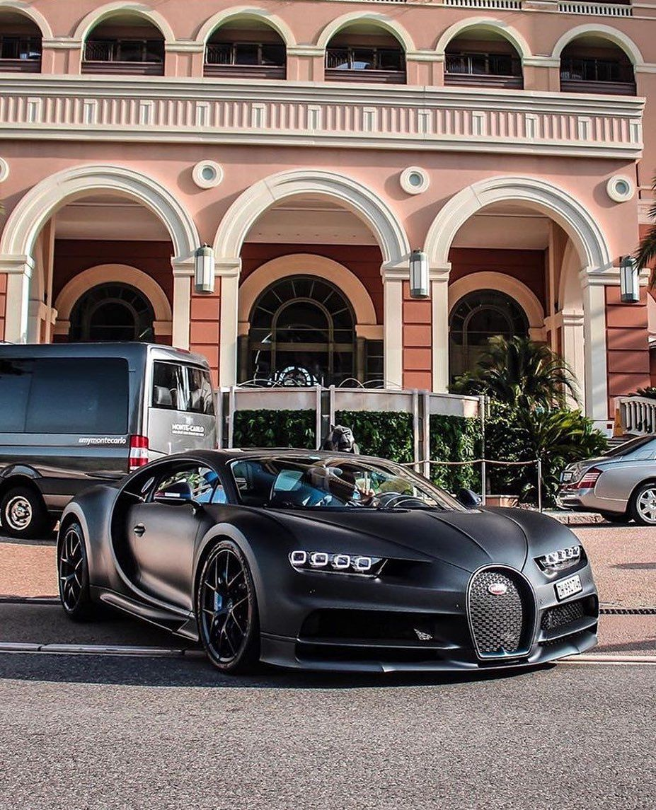 Bugatti Chiron Sport 110 Ans: Would You Drive This Bugatti? 🔥 #Bugatti Chiron 110 ANS