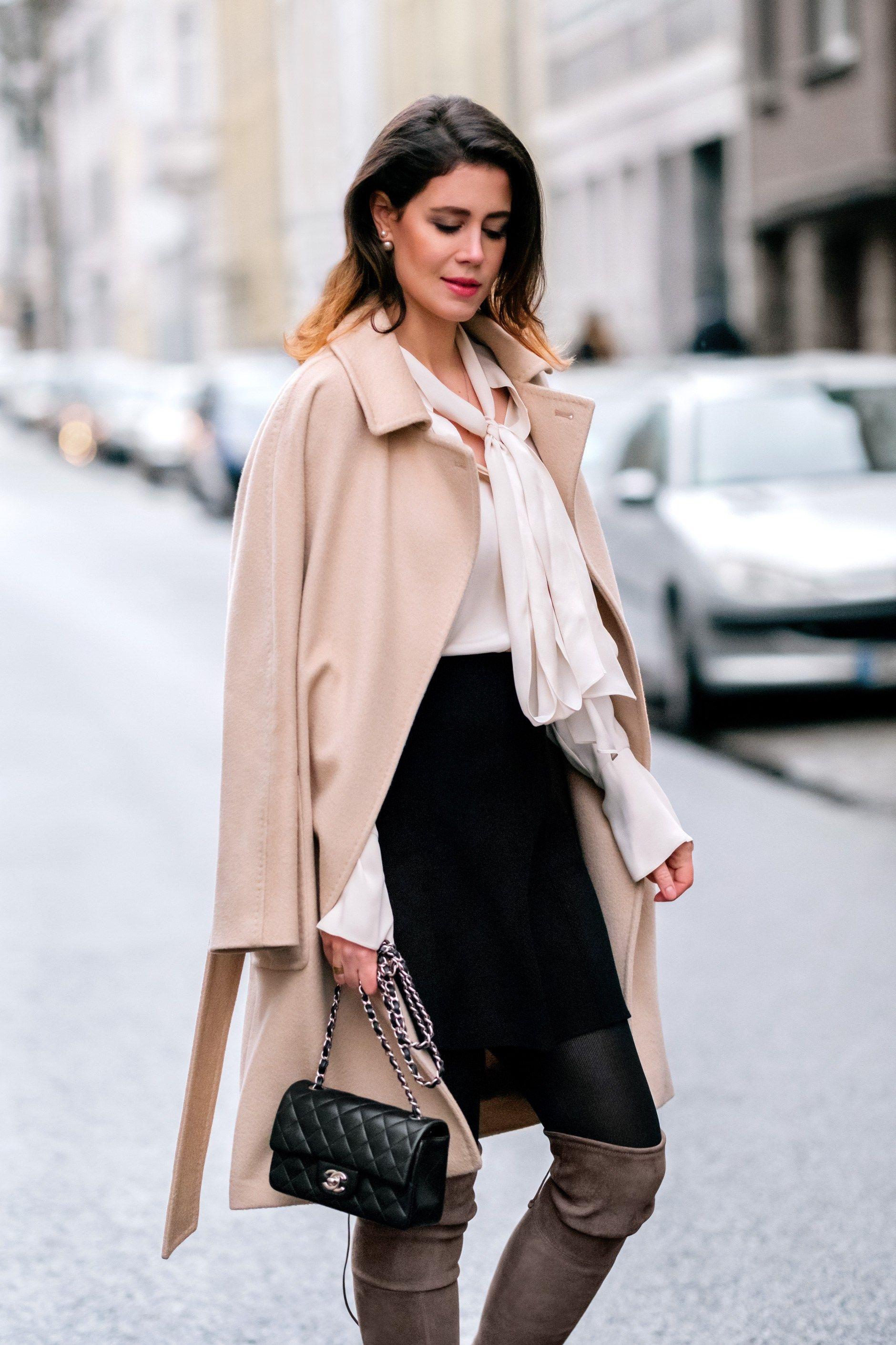 c43858f59f139 Chloé silk blouse and Max Mara Lampo coat  handbag Chanel rectangular Mini