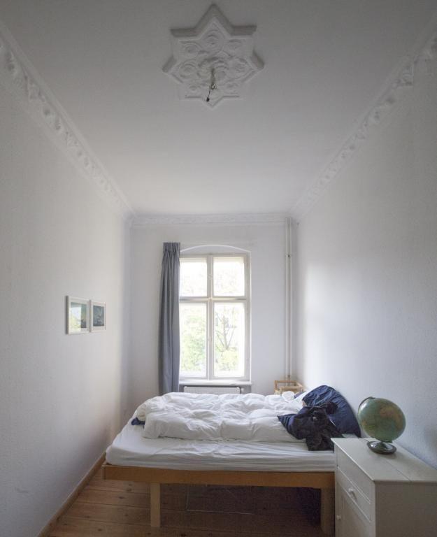 Ein sehr schönes und gemütliches Schlafzimmer! Die hohen Decken - schöne schlafzimmer ideen