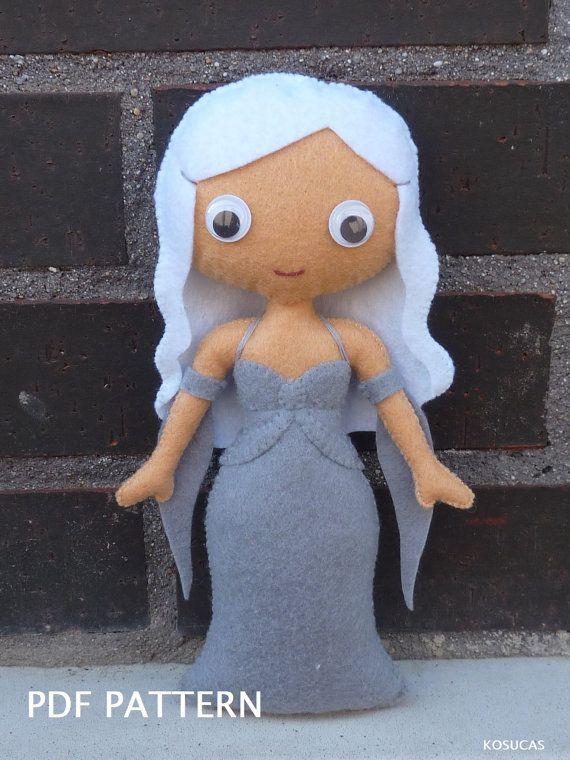 PDF patter to make a felt doll inspired in Daenerys Targaryen   Filz