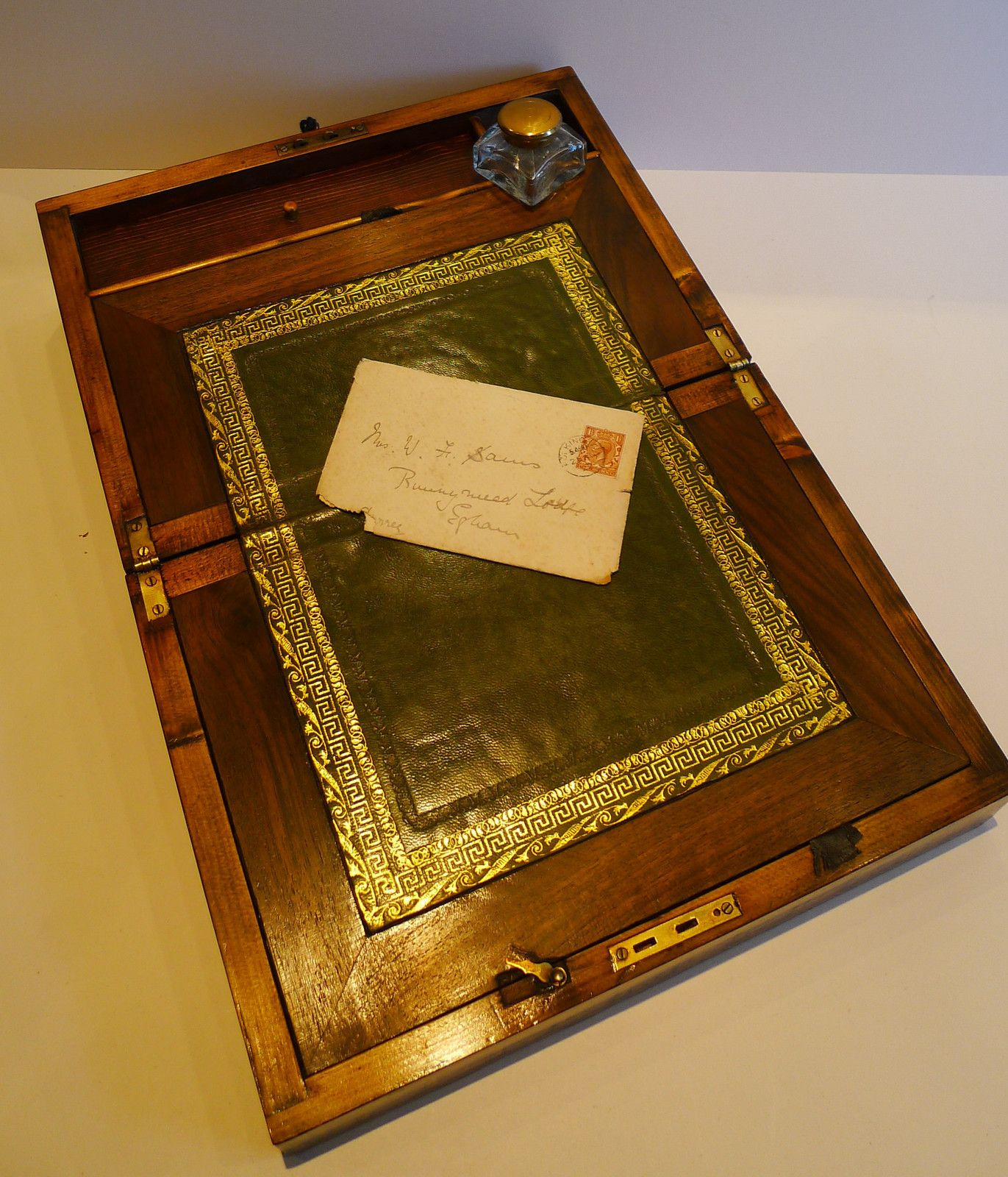Antique wood lap desk, like Jane Austen used. A must have. - Antique Wood Lap Desk, Like Jane Austen Used. A Must Have