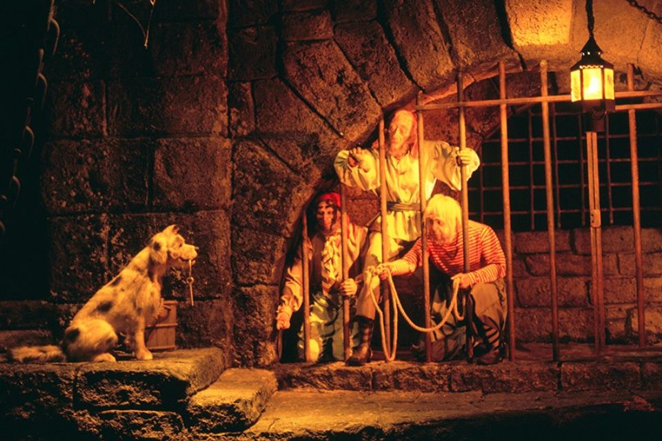 Pirates of the Caribbean attraction | I Love Disney ...