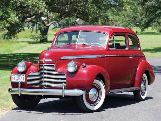 1940 Chevrolet Special Deluxe Two Door Town Sedan Car Pictures Vintage Cars Sedan Cars Chevrolet