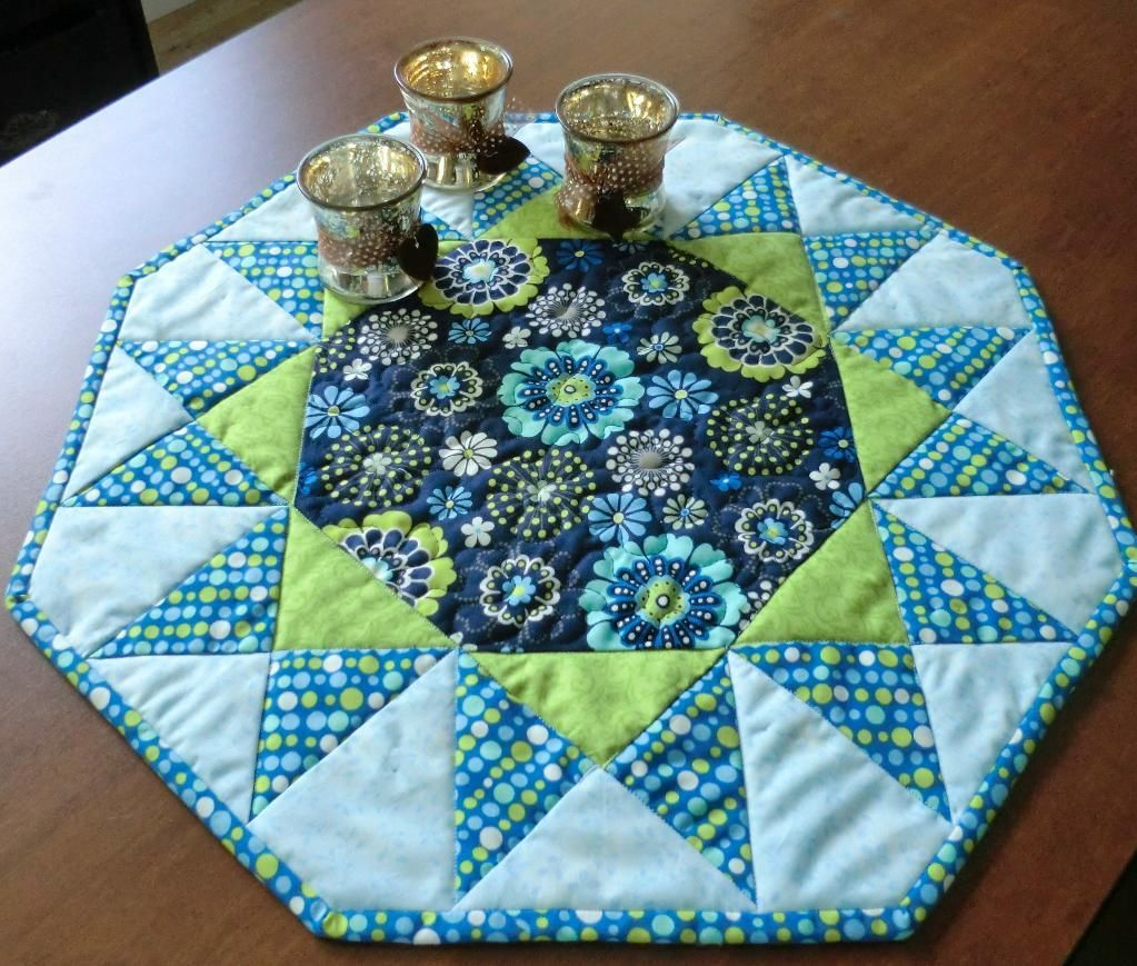 (7) Name: 'Quilting : Sunburst Table Topper