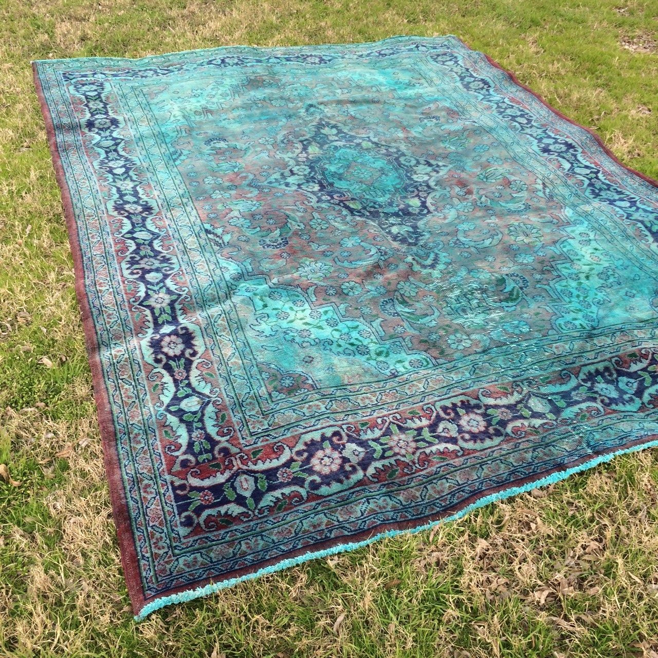 Our Collection Of Vintage And Modern Rental Furnishings Birch Brass Vintage Wedding Rentals Rugs Diy Textiles