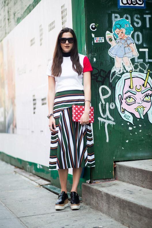 beauty-teen-skirt-gallery-pics